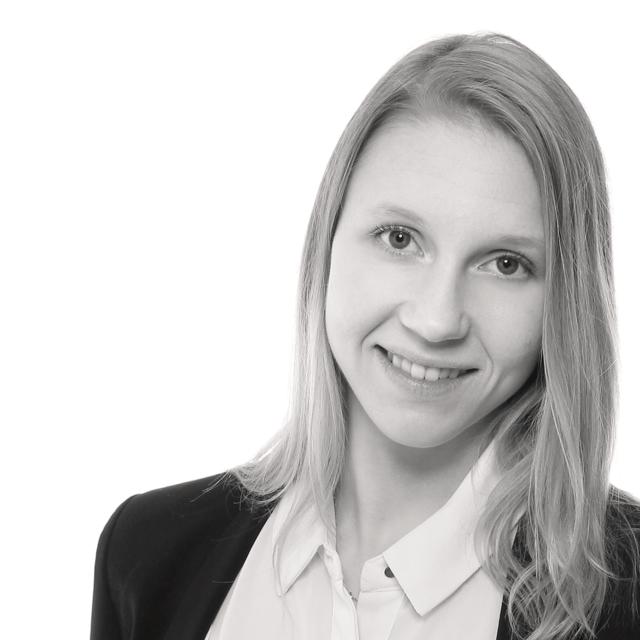 Laura Torniainen, Comset